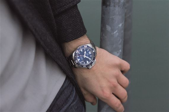 Hamilton Mens Khaki Navy Frogman Automatic Watch