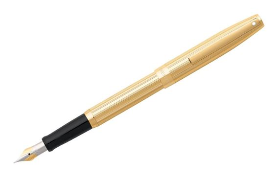 Sheaffer Sagaris Fluted Gold Fountain Pen