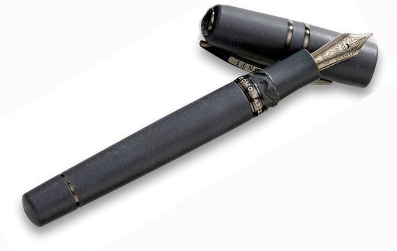 Visconti Homo Sapiens Dark Age Maxi Fountain Pen