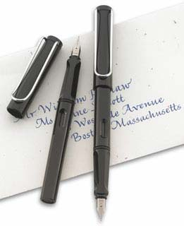 Lamy Special Edition Safari Shiny Black Fountain Pen With Italic Nib